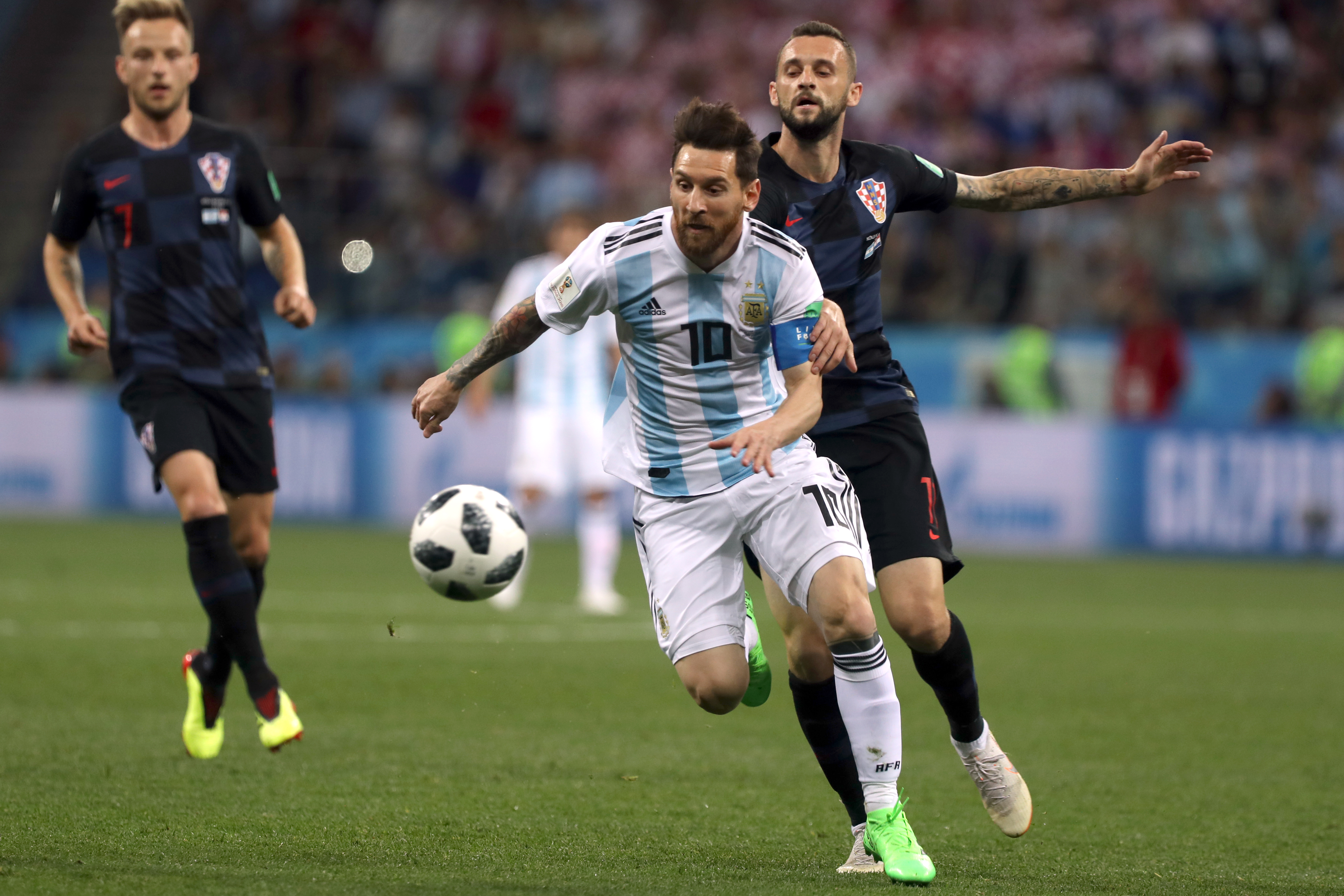 fifa world cup 2018 argentina vs croatia صحيفة توووفه