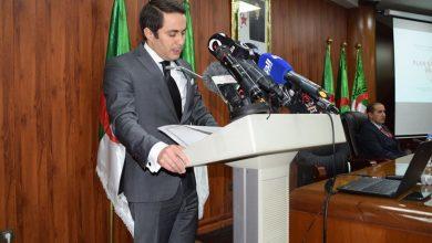 Photo of الوزير الجزائري يقر بصعوبة استئناف المنافسات