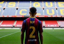 صورة رسميا.. سيرجينيو دست يوقع مع برشلونة